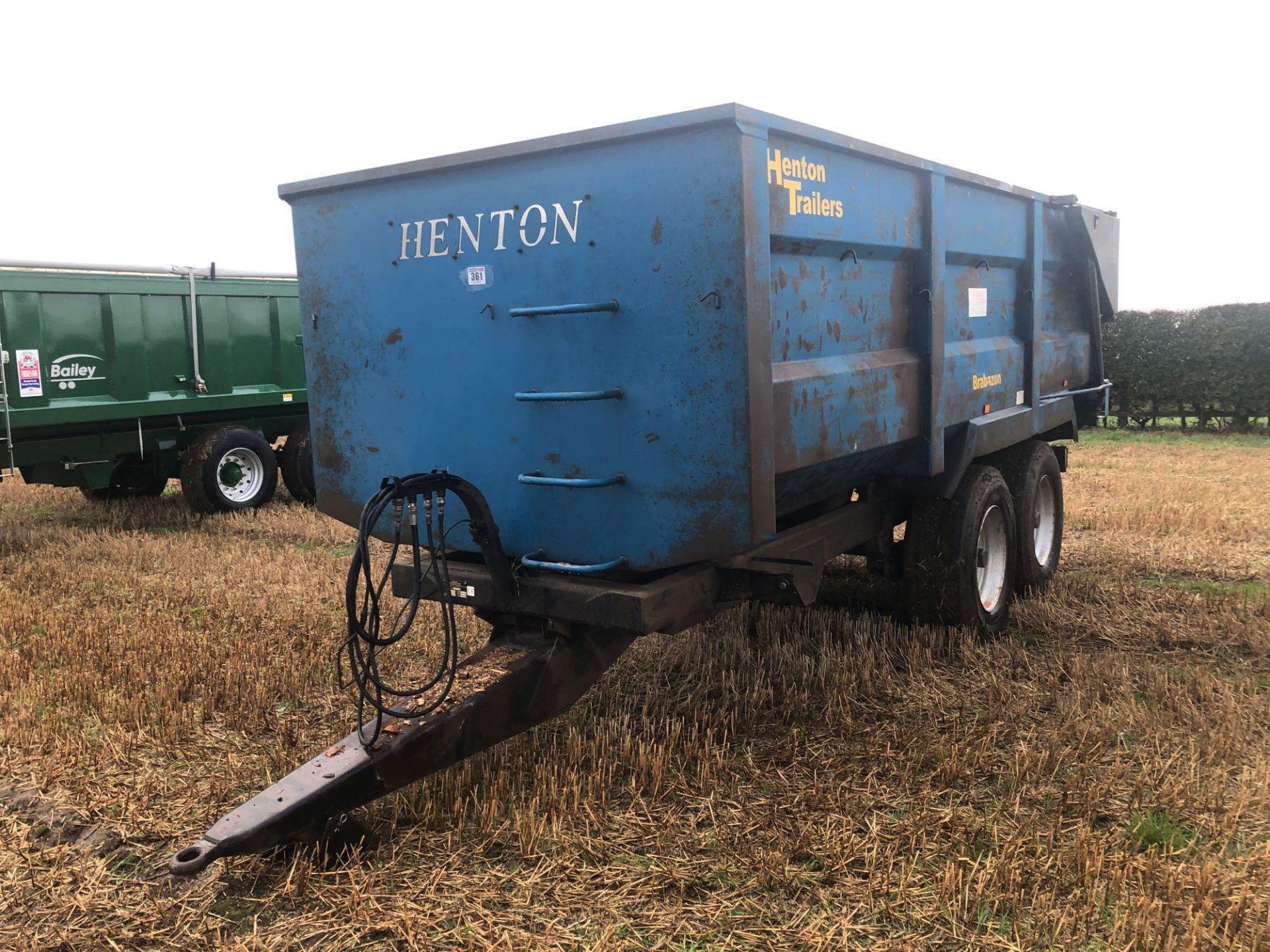 AA Henton & Son 12t twin axle trailer, hydraulic rear door, manual grain chute, sprung draw bar on 3 - Image 2 of 10