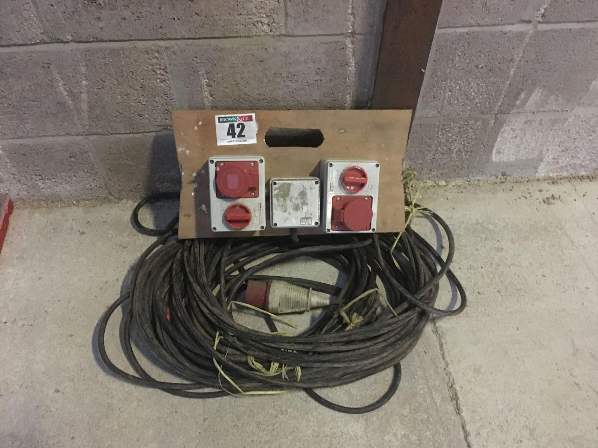 3 phase extension lead and junction box