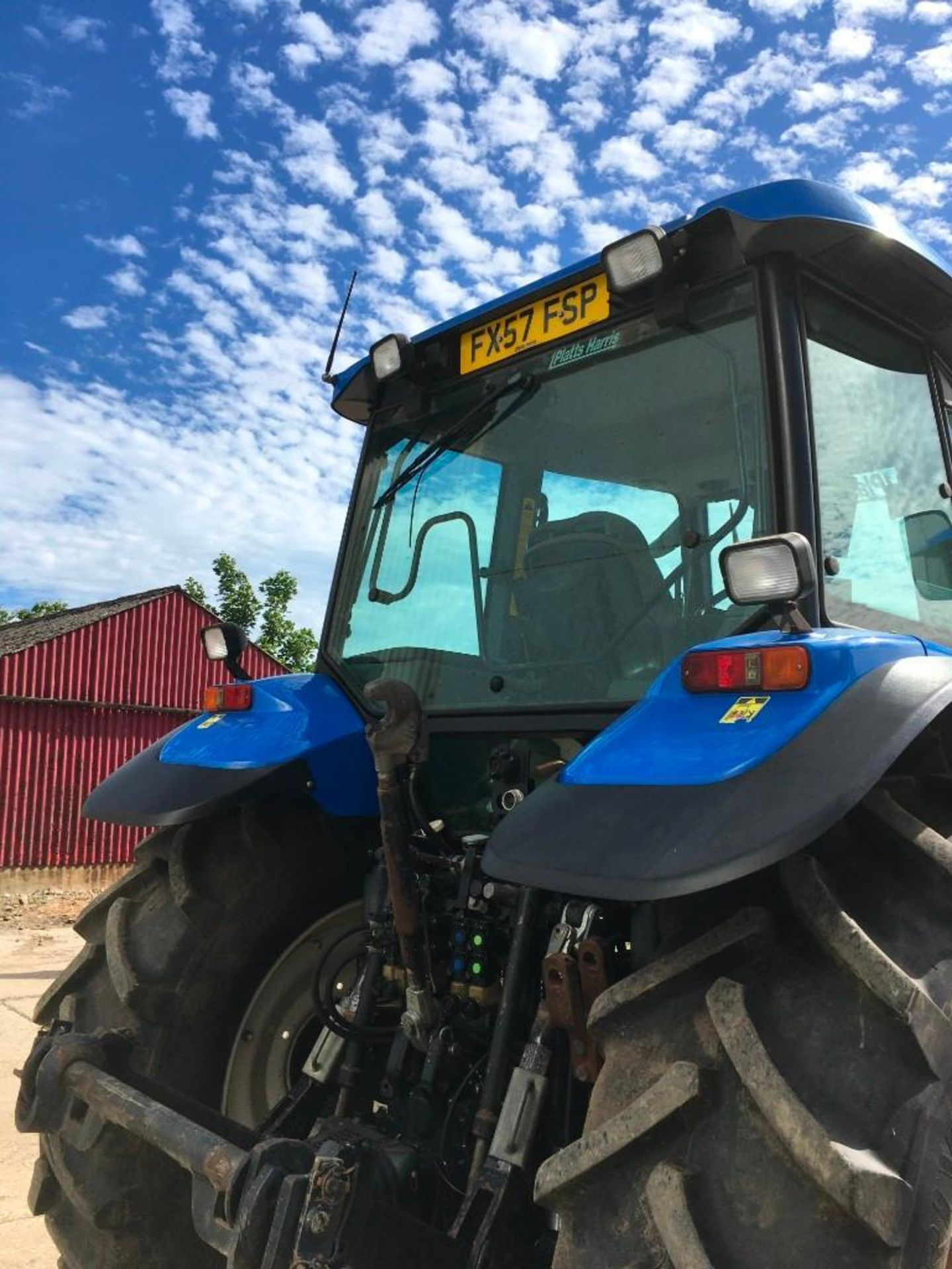 2007 New Holland TM155 tractor with range command gear box, 4 spool valves, push out pick up hitch, - Image 9 of 12