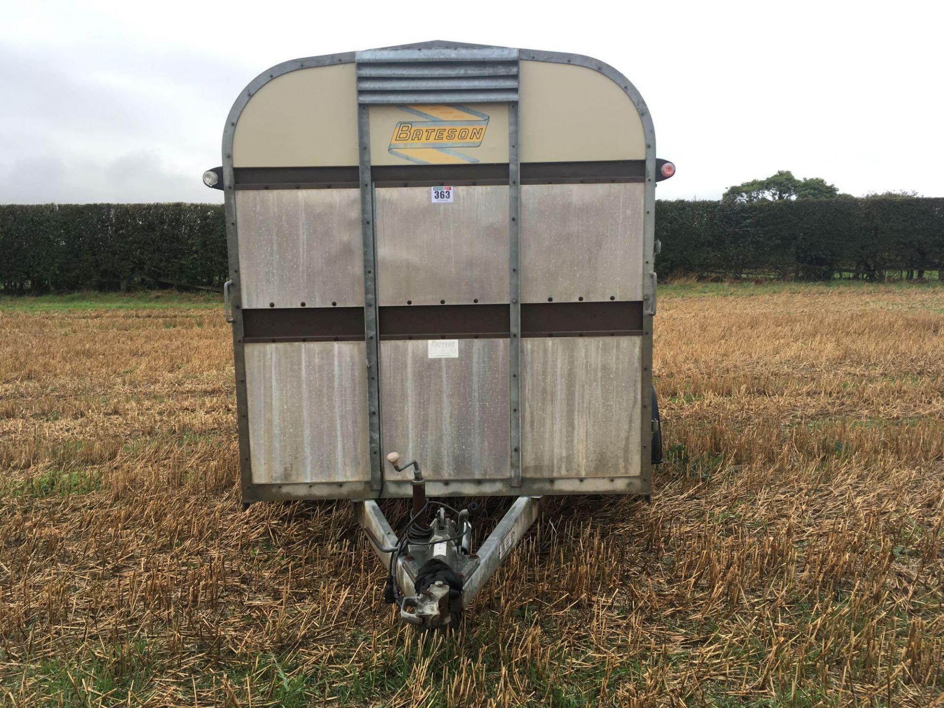 1996 Bateson Trailers 45LT twin axle livestock box, sprung rear door, side door, home made calf part - Image 2 of 14