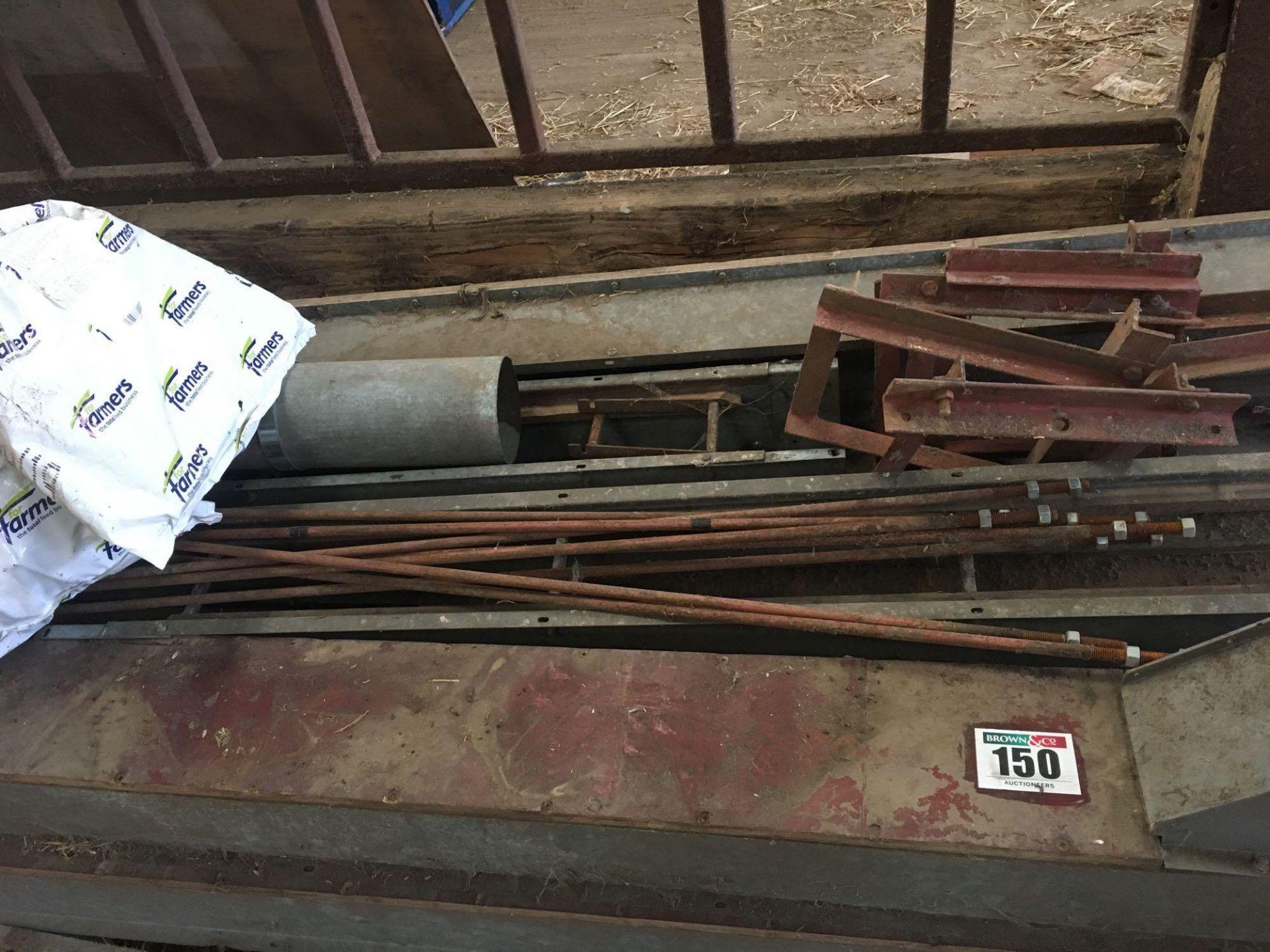Dismantled elevator on pallet - Image 2 of 2