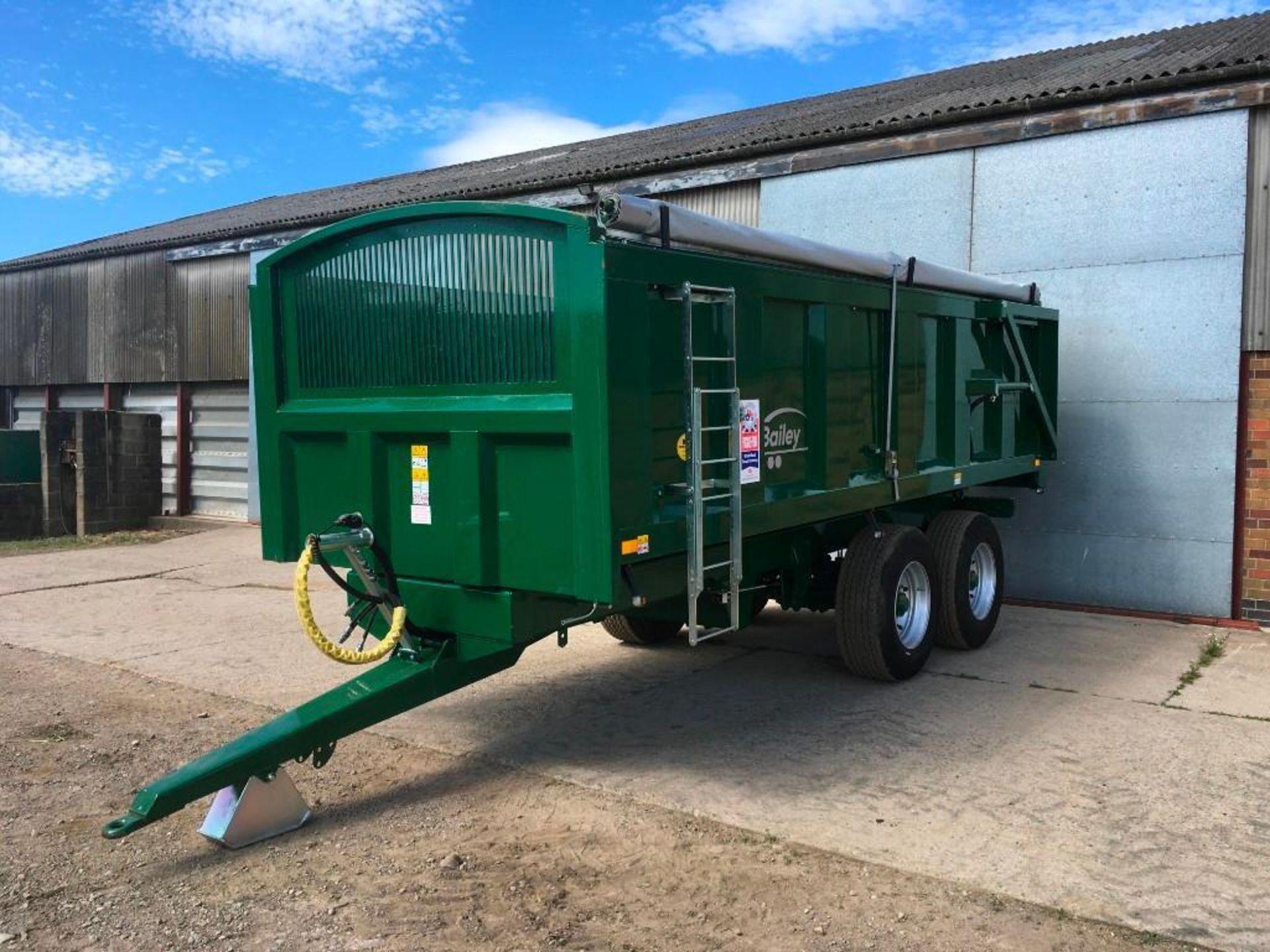2018 Bailey 14t twin axle trailer, hydraulic back door, manual grain chute, rollover sheet, sprung d - Image 5 of 17
