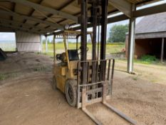 1979 Hyster H50H gas powered industrial forklift. Hours: 7084. Serial No: D3A 9500Z. (NB: Sold in Si