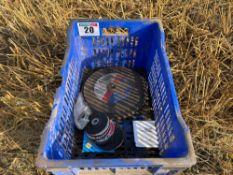 Quantity of grinding discs