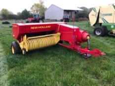 New Holland 286 conventional baler. Serial No: B286T3520