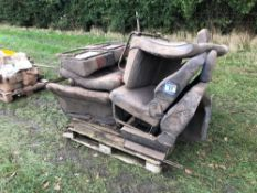 Quantity vehicle seats