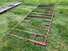 Metal feed gate 14ft, red