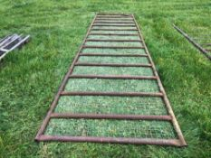 18ft 10inch gate with mesh