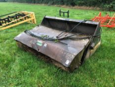 1996 Suton ELCS60 general purpose bucket brush with pin and cone brackets. Serial No: 11455