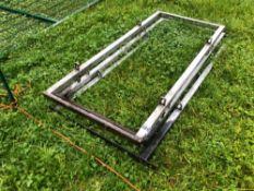 3No. Galvanised race hoops