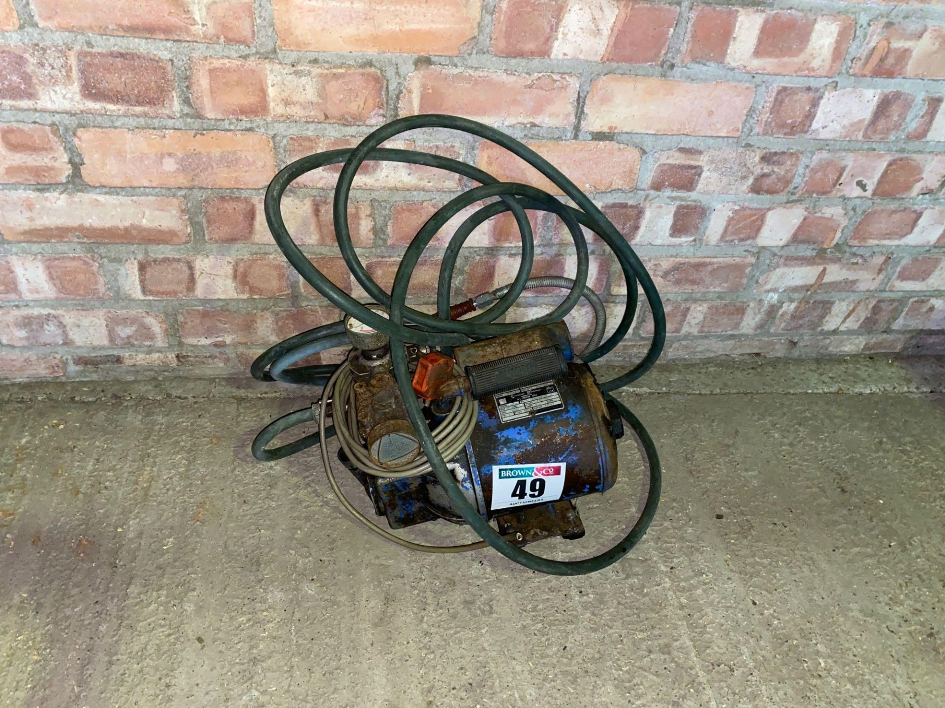 Crompton Parkinson Compressor, 240 volt for spares or repairs - Image 2 of 3