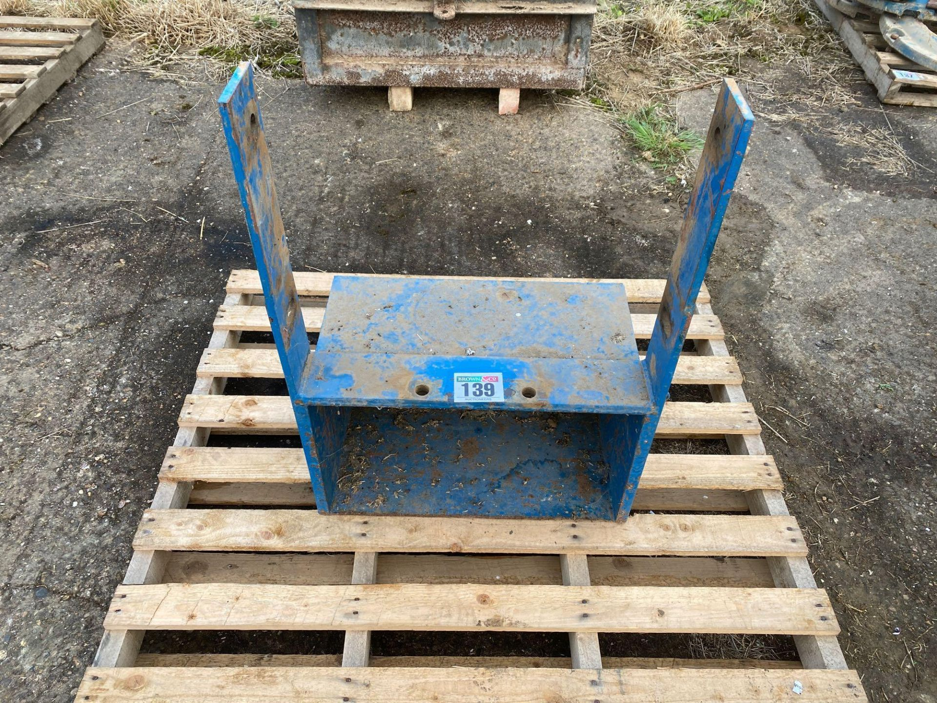 Farm made tool box to fit For 10 series