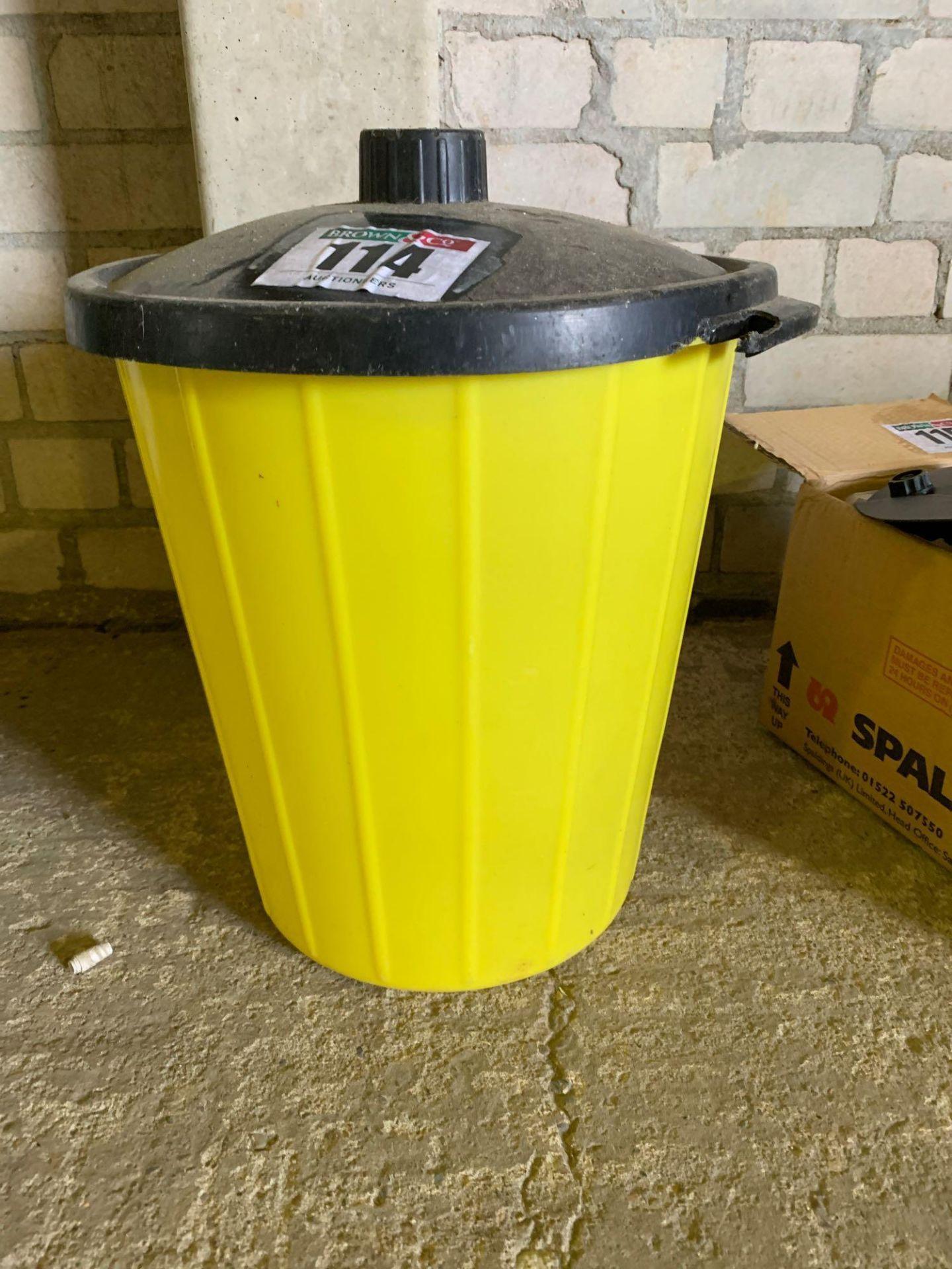 Plastic bin - Image 4 of 4