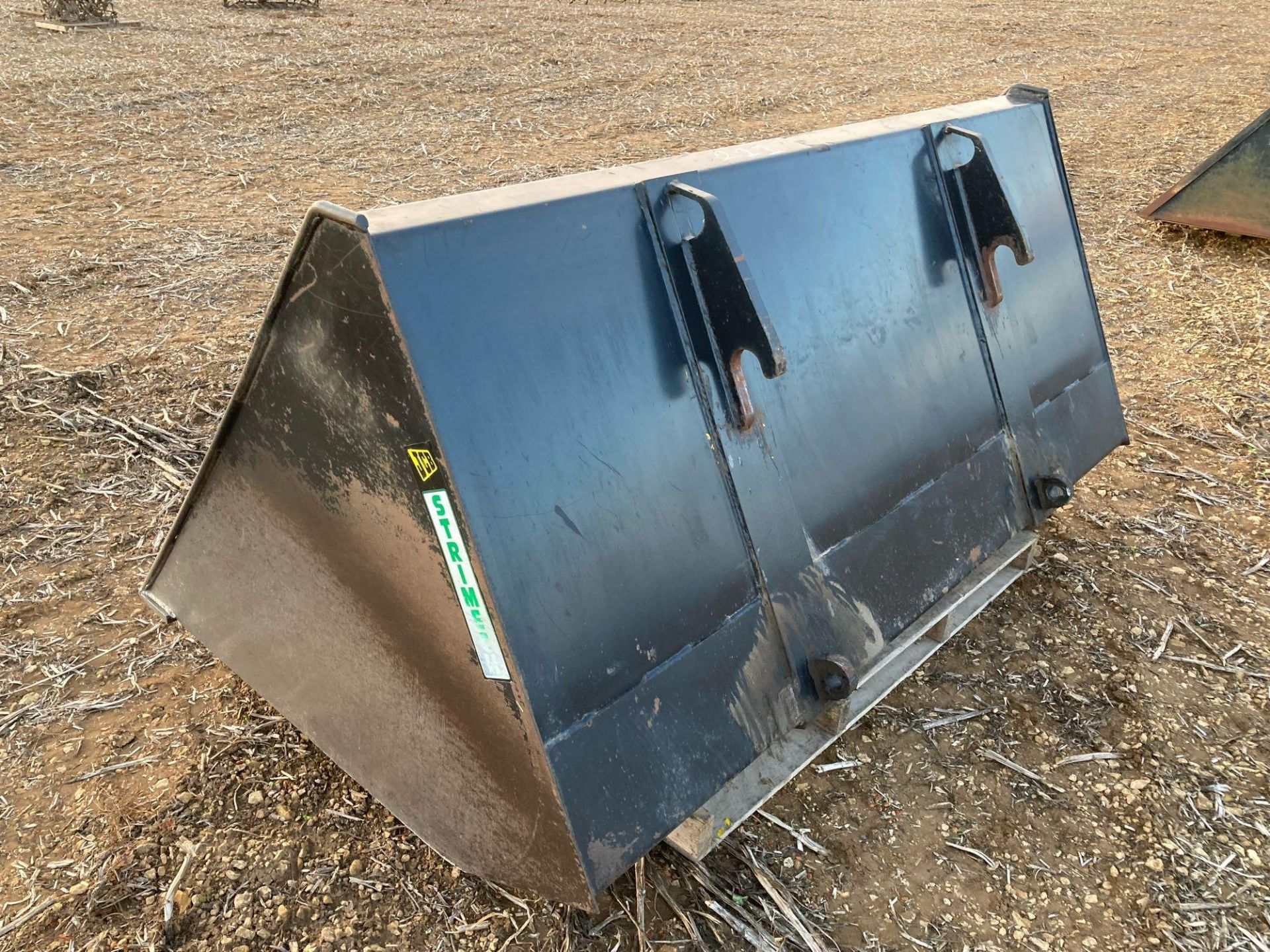 Strimech grain bucket with JCB Q fit brackets approx 2m - Image 3 of 3