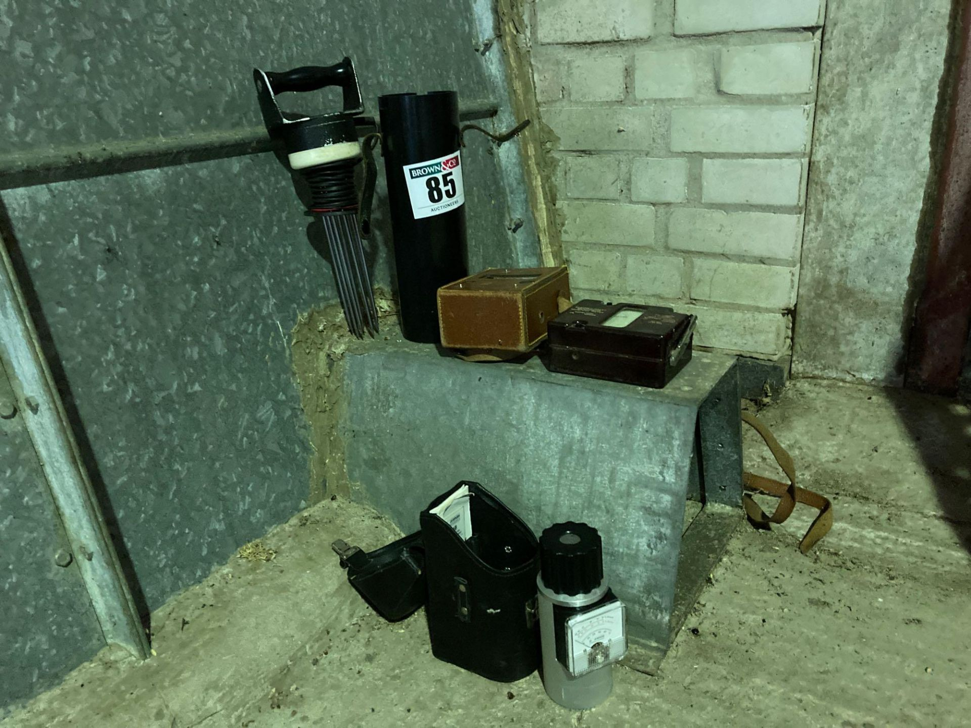 2 x Moisture meters - Image 3 of 4