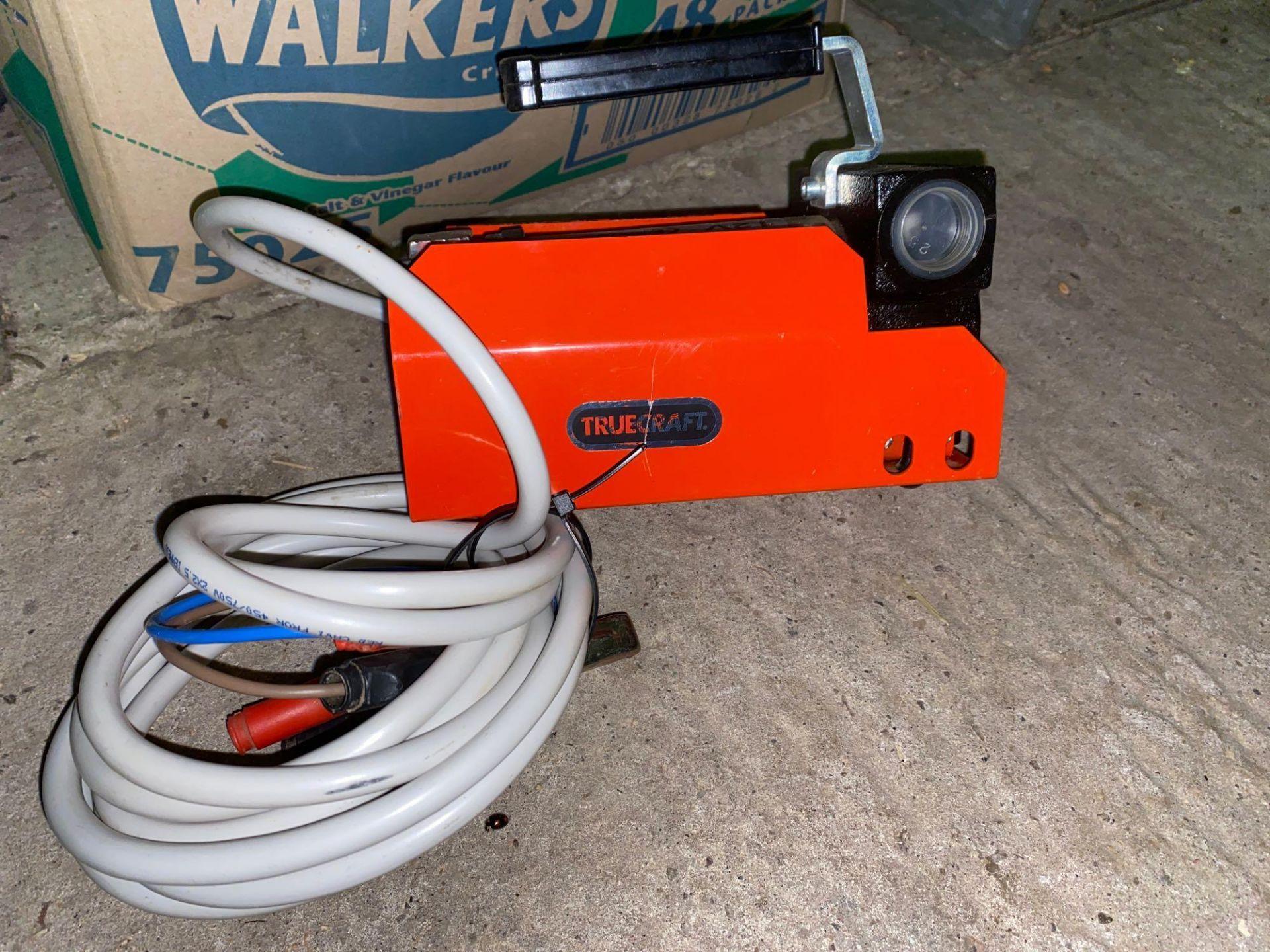 Truecraft 12 volt diesel pump - Image 3 of 4