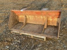 Bucket for front end loader with Euro brackets