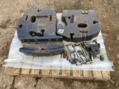 10 x 45kg New Holland weights with holster