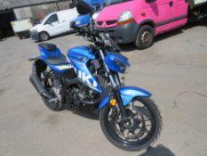 19 reg SUZUKI GSXS 125 MOTORBIKE, 1ST REG 05/19, 6967M, V5 MAY FOLLOW [NO VAT]