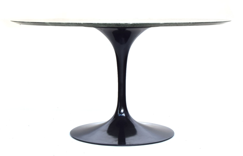 A circular Eero Saarinen for Knoll circular tulip dining table, the top of Verdi Alpi coated marble, - Image 2 of 3