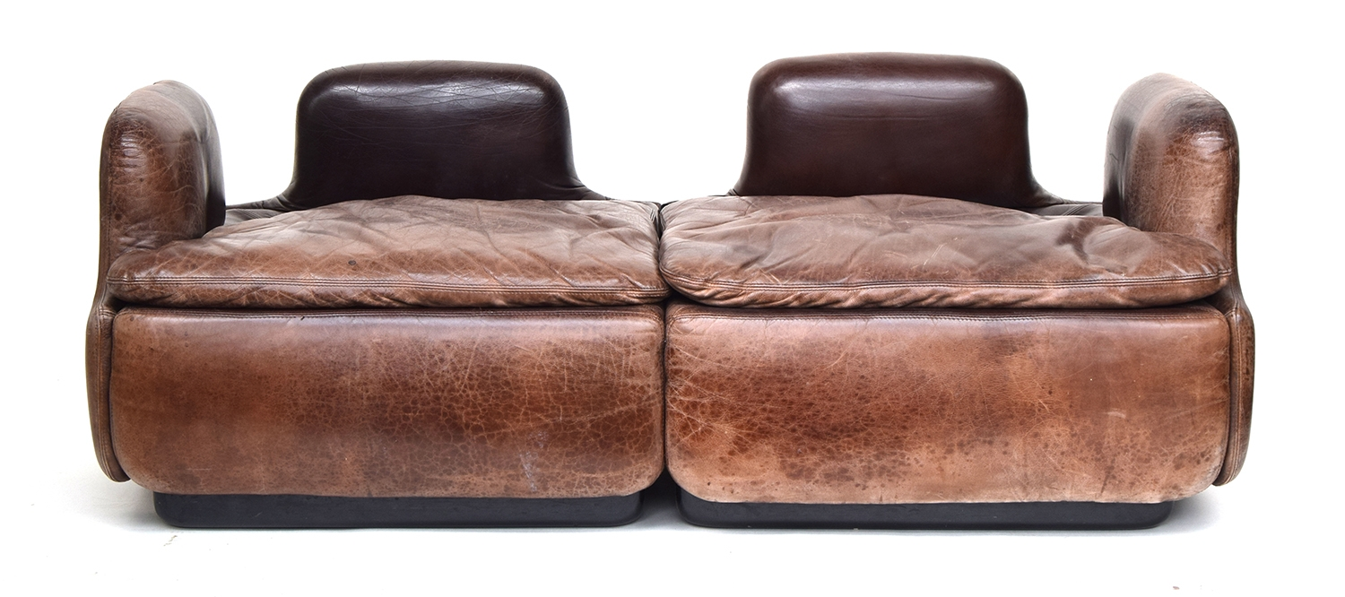 A contemporary Italian brown leather sofa by Saporiti, approximately 162cm wide - Image 2 of 2