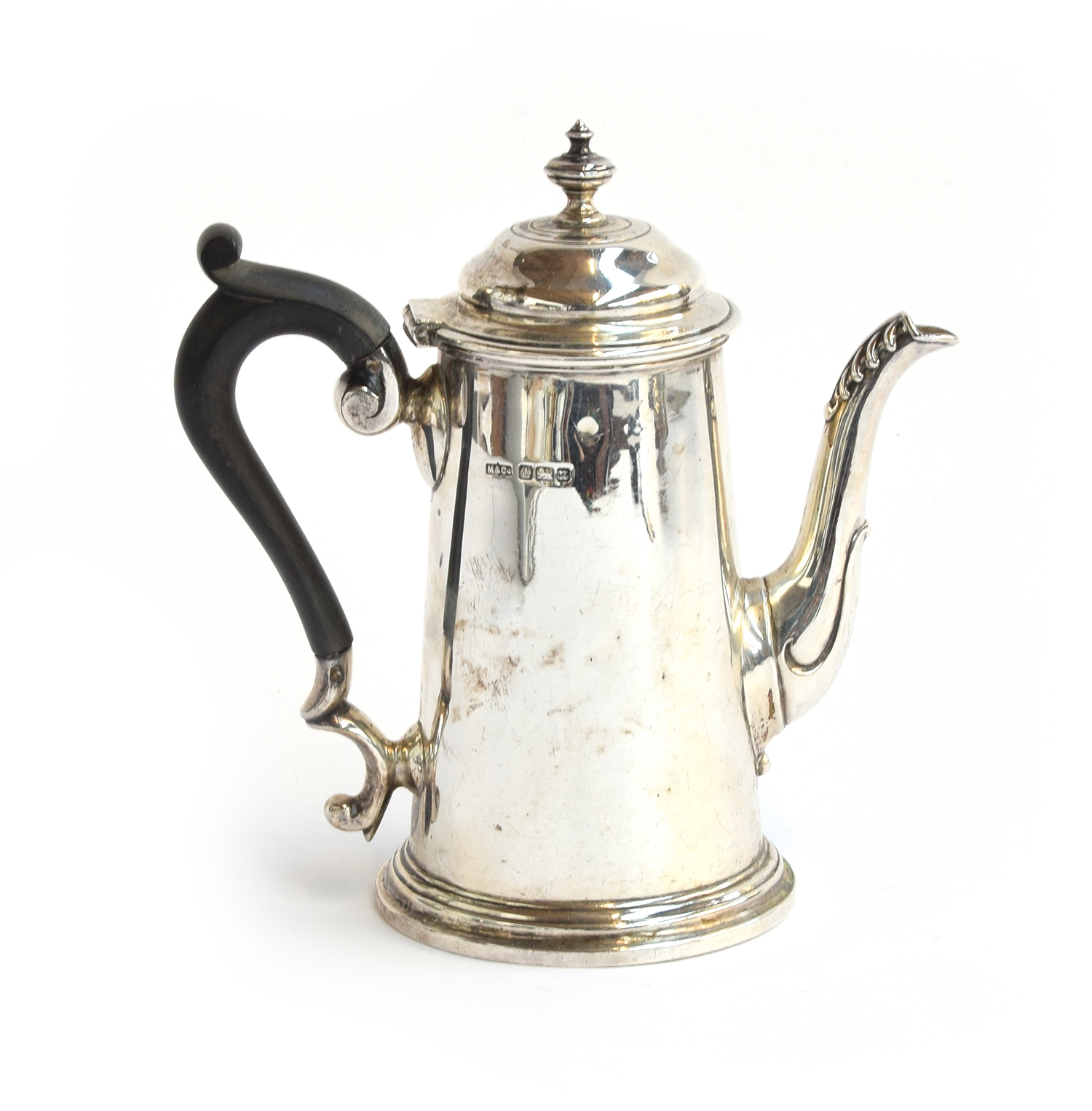 A small Queen Anne style silver coffee pot by Marples & Co, Sheffield 1905, 16cm high, 12.6oz