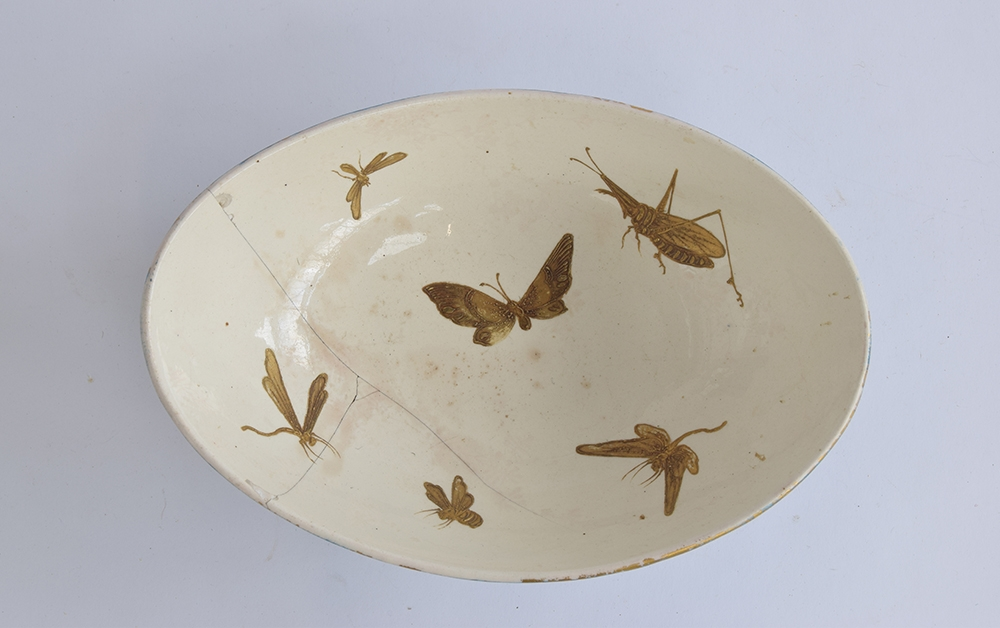 A Hautin Boulenger & Cie Choisy-le-Roi bowl, the white interior decorated with hand painted gold - Image 2 of 5