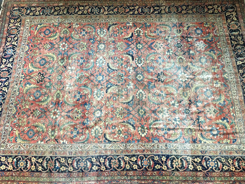 A Mahal rug, 510cm long, 370cm wide