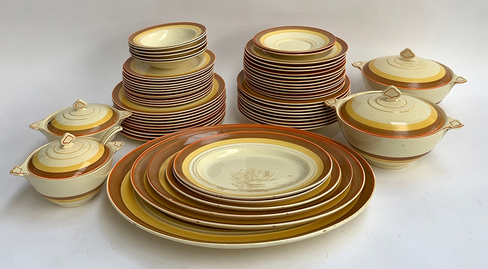 A large Newhall 'Nirvana' dinner service, approx. 61 pieces, to include dinner plates, side