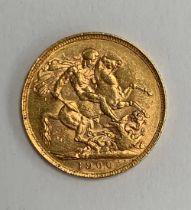 A 1900 gold sovereign