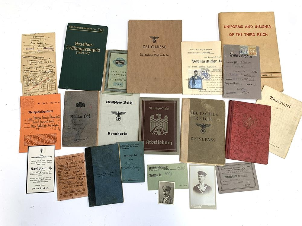 A quantity of German Third Reich and WWII related literature to include a 1939 Deutsches Reich