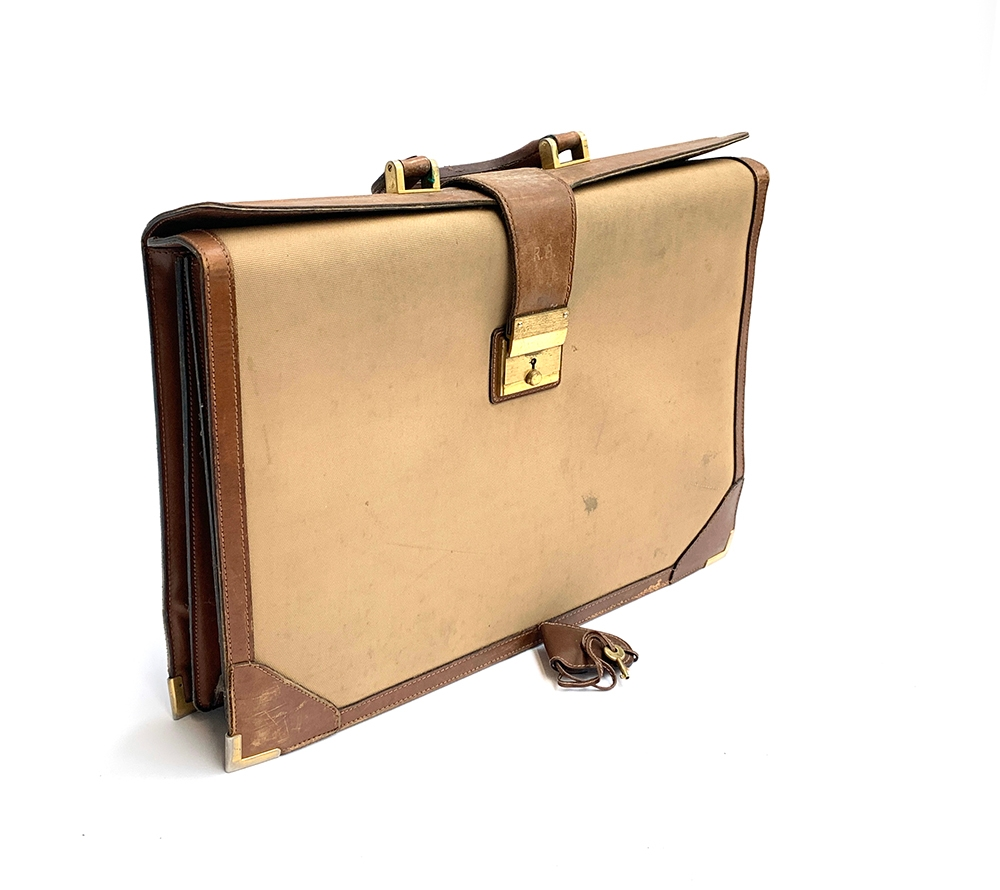 A vintage Gucci briefcase in canvas and leather, 42cm wide