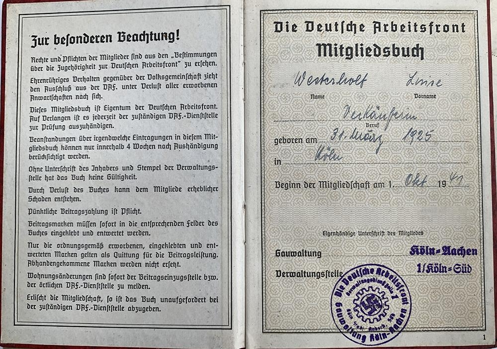 A quantity of German Third Reich and WWII related literature to include a 1939 Deutsches Reich - Image 8 of 10