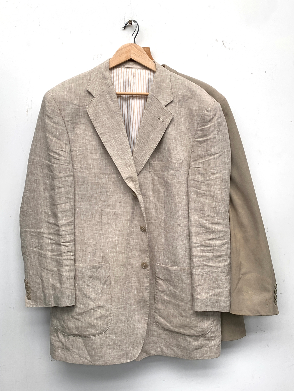 """Two linen jackets, approx. 44"""" chest - Image 2 of 2"""