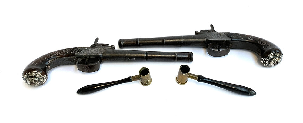 A pair of 19th century percussion duelling pistols, each having a 17cm Queen Anne type cannon - Image 3 of 3