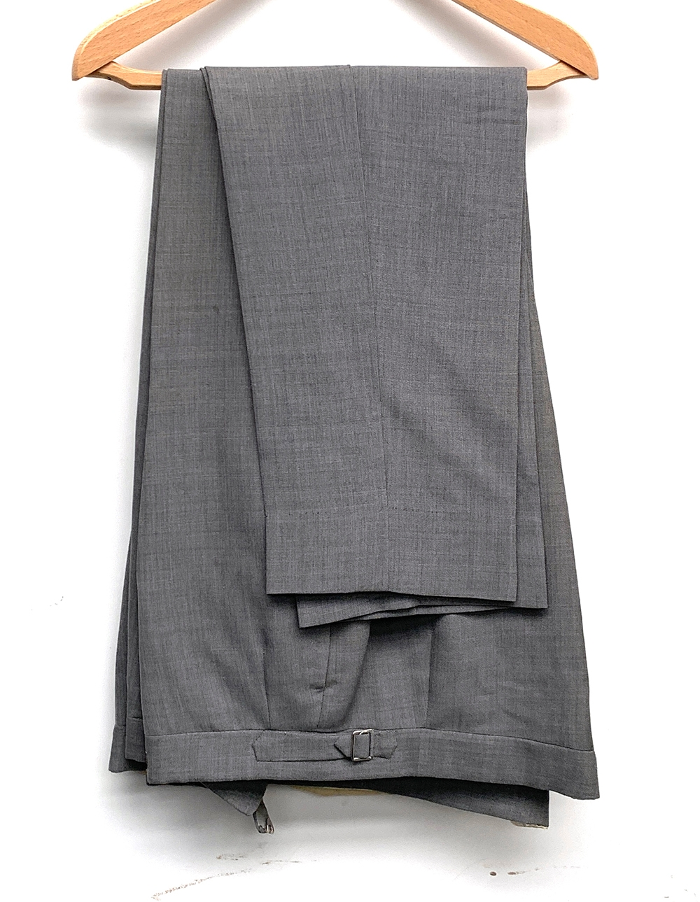 A gent's single breasted wool suit with two pairs of trousers, tailored by Sullivan, Woolley & - Image 2 of 3