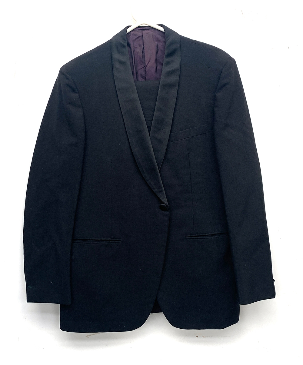 """A gent's single breasted wool pinstripe suit, blue lining silk, size 38"""" chest, the trousers with - Image 3 of 3"""