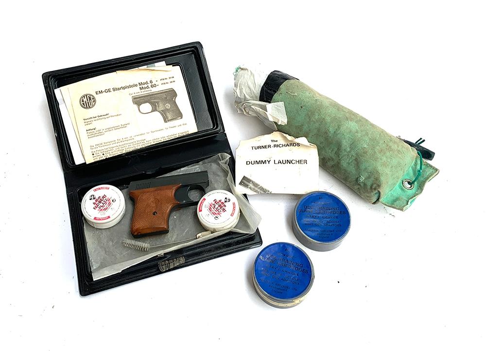 A German EM-GE starter pistol by Gerstenberger u. Eberwein, model 6, with blank cartridges, etc - Image 2 of 3