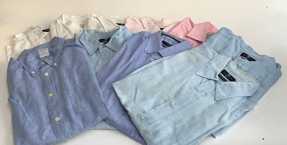 """A box of shirts, 17/17 1/2 """" collars, mixed colours, to include Hawes & Curtis, Blue Harbour,"""