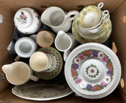 A mixed lot of ceramics to include Jon Anton 1970s Springtime, Wedgwood, Royal Worcester, etc