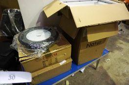 3 x Natur 600W LED floodlights, model YZJ220V-600W, together with 2 x UFO High Bay LED