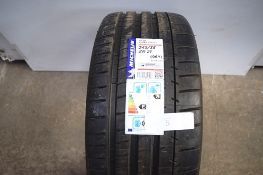 1 x Michelin Pilot Super Sport tyre, size 245/35ZR 21 96Y (GS1)