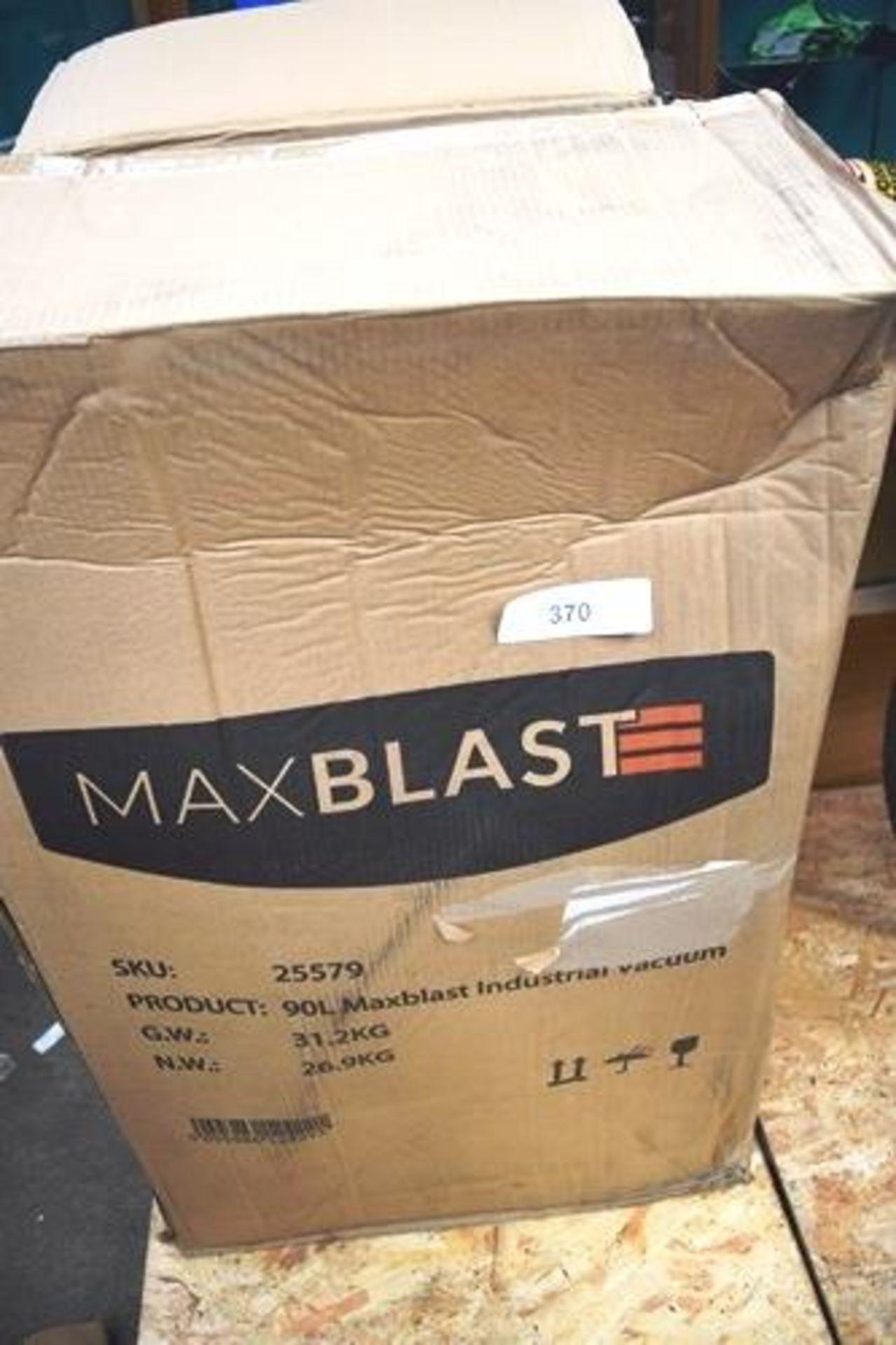 1 x Max Blast wet & dry 90ltr industrial vacuum, SKU: 25579 - New in box, box slightly tatty ( - Image 4 of 4