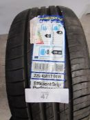 1 x Goodyear EfficientGrip performance tyre, size 225/45R17 91W - New with label (GS2)