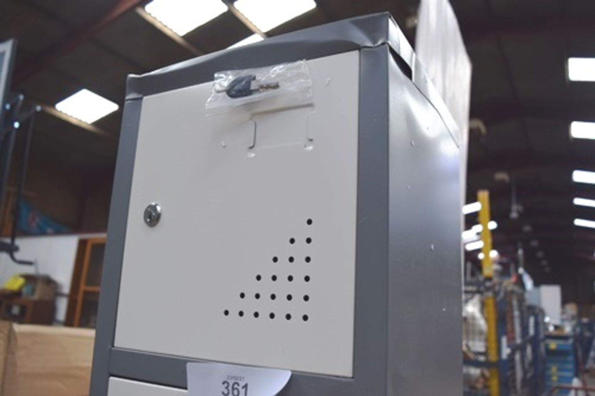 1 x The Workplace Depot Grey metal 6 locker unit, size 300 x 300 x 1800mm - New but with several - Image 3 of 3