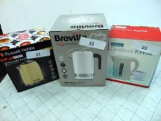 3 x kettles comprising Breville, Russell Hobbs, Fine Elements, new, together with 3 x Smeg