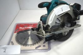 1 x Makita cordless circular saw, model DSS611, new, 2 x 165mm replacement blades, model D-03349 and