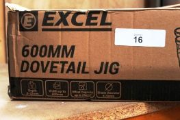 1 x Excel 600mm dovetail jig, depth 8-32mm - New in box (ES5end)