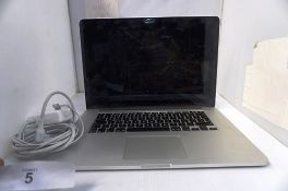 1 x Apple MacBook Pro A1398 laptop, with power cable, hard drive removed, powers on - Spares and