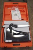 1 x Clipper tile cutter, model TT200EM, 240V, with manual and original case, one clasp missing - New